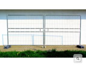 Brama dwuskrzydłowa stalowa budowlana, ażurowa brama z ryglem