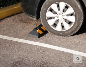 odbojnice parkingowe żółto czarne odboje gumowe kauczukowe