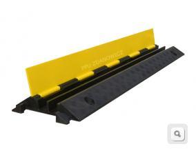 próg kablowy 2 kanałowy nacisk do 20 ton, żółto-czarny próg kablowy, ochrona kabli, węży strażackich