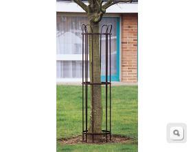 stalowa osłona duża drzewa krzewy