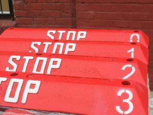 ograniczniki_parkingowe_z_numerami_ograniczniki_na_parking_numeracja_na_parkingu_-_wroclaw_zdanowicz